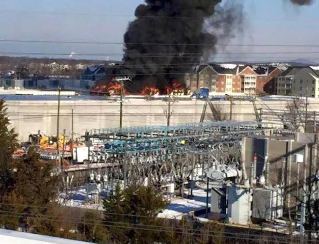 Kindle sparks Fire, Clouds emerge from Amazon data center ...  Kindle sparks F...