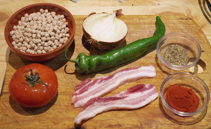 The basic ingredients for our chickpea casserole