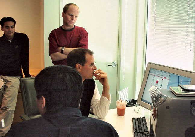 Steve Jobs with OS X interface designers in 2001 shortly before the beta release