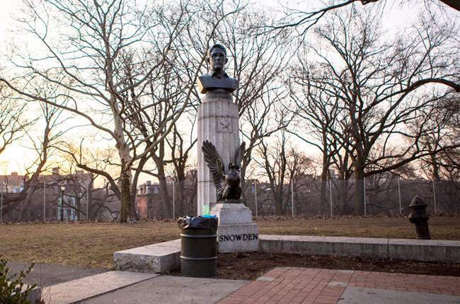 New York Snowden bust