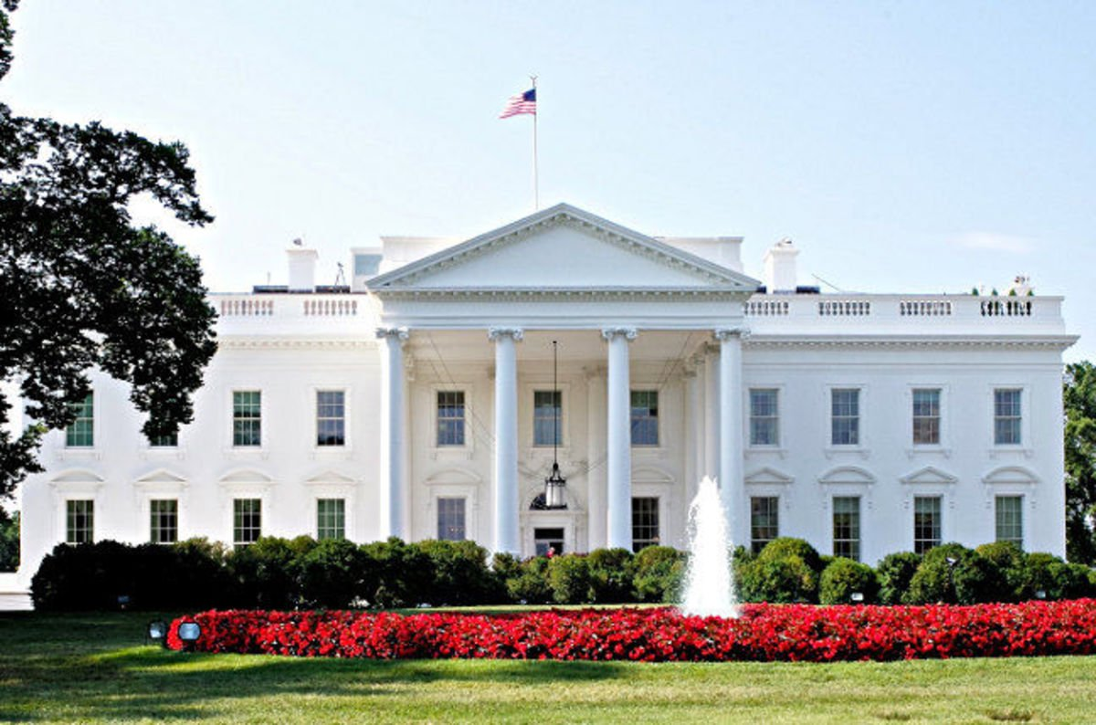 White House to Feds: Stop buying new PCs, laptops right ...