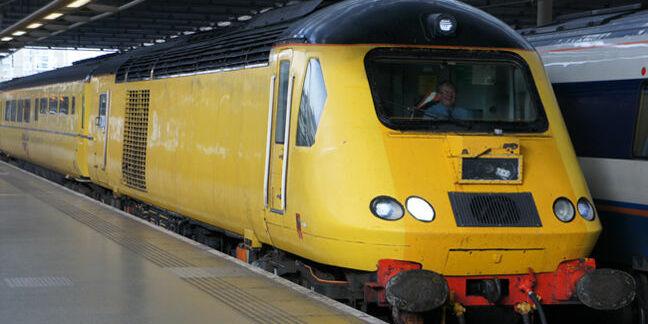network_rail_hst_test_train_cropped