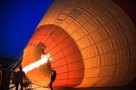 Hot air baloon, image: Shutterstock