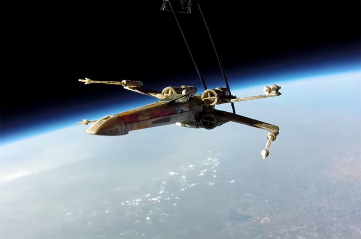 brits send star wars x wing fighter to the stratosphere the register. Black Bedroom Furniture Sets. Home Design Ideas