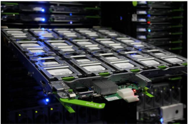 Facebook_cold_storage_disk_tray