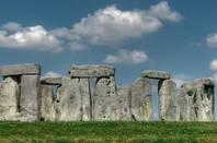 Stonehenge by https://www.flickr.com/photos/archeon/ cc 2.0 attribution no derivatives