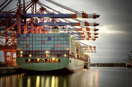 container_ship_hamburg_shutterstock_648