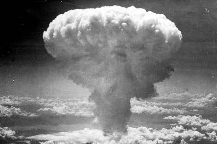 Atomic_explosion_cloud