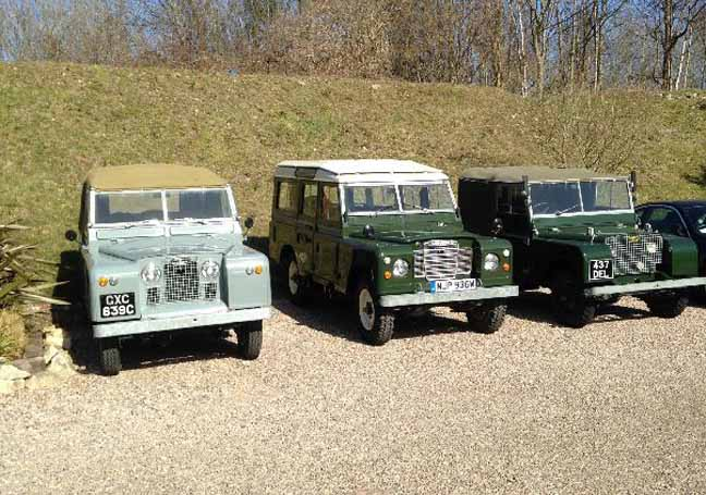 Line of Land Rovers photo Mark Whitehorn Paul Hazell