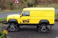 Lix Toll Land Rover photo Mark Whitehorn Paul Hazell