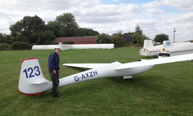 Martin poses with his Libelle glider