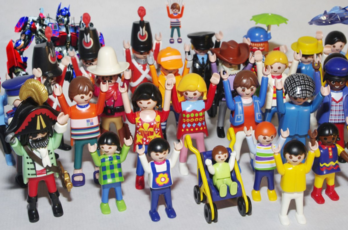 When A Stranger Calls Life In Plastic It S Fantastic Playmobil Supremo Dies At