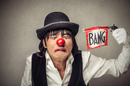suicidal_clown_shutterstock_ORIGINAL SIZE_DO_NOT_USE