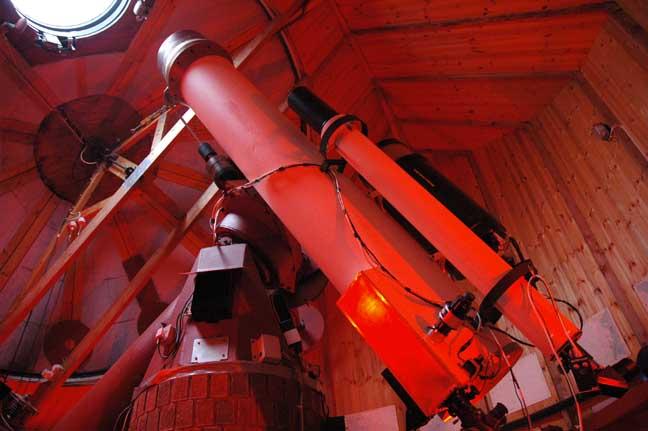 13 inch telescope Spaceguard Center, photo: Spaceguard Center