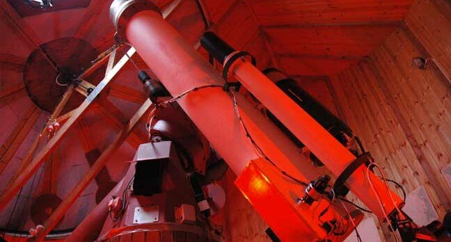 13 inch telescope Spaceguard Center, photo: Spaceguard Center