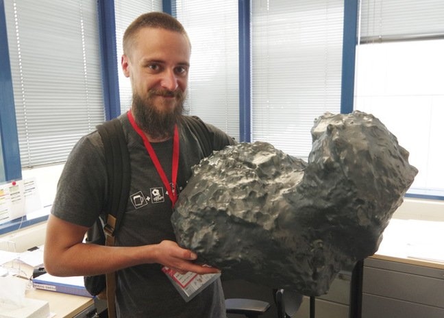 Matt with a model of comet 67P/Churyumov–Gerasimenko