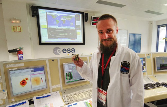 Matt poses with our Playmonaut in the XMM-Newton control room