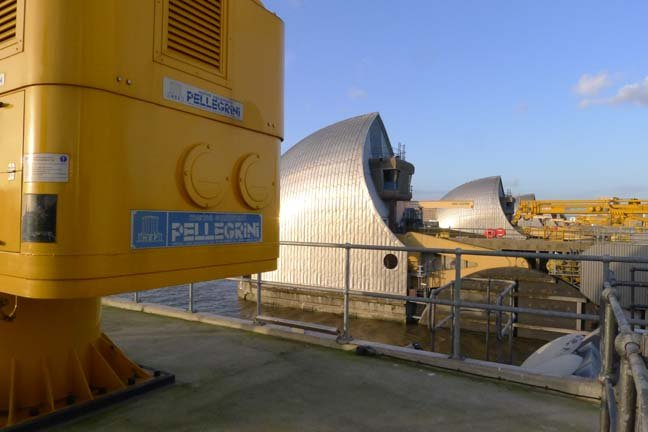 Thames barrier view from pier 7, photo: Gavin Clarke