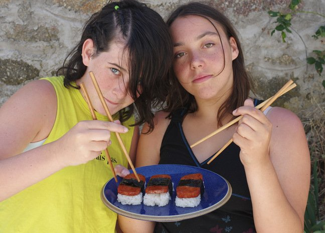 Katarina and Martina with the Spam musubi