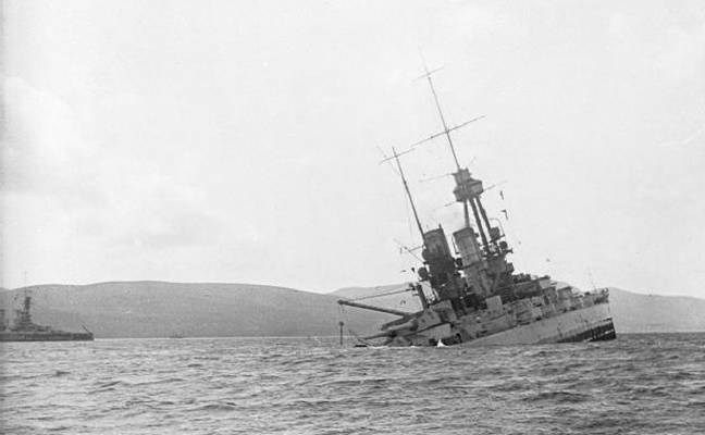 German battleship sinking at Scapa Flow