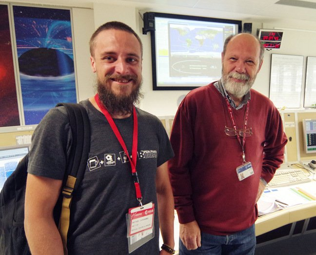 Matt with Ramon Munoz in the XMM-Newton Science Operations Centre