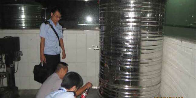 chinese authorities inspect tainted wine