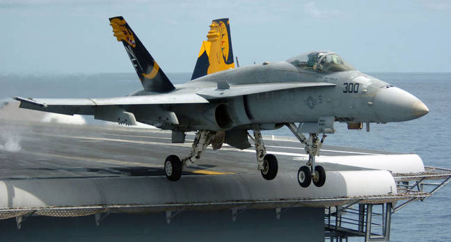 Hornet_Carrier_takeoff