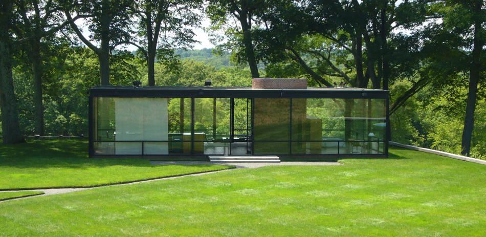 Netpp's glass-house-stone-throwing exercise • he egister - ^