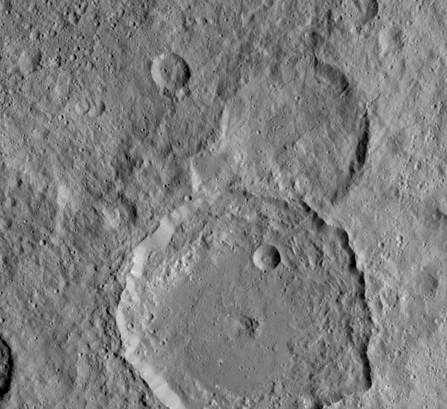 The Gaue crate on Ceres. Pic: NASA/JPL-Caltech/UCLA/MPS/DLR/IDA