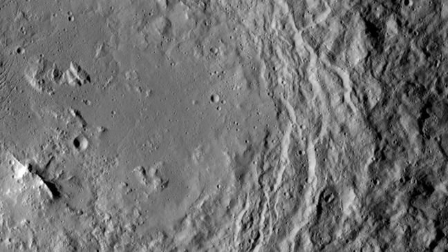 The mountain ridge on Ceres. Pic: NASA/JPL-Caltech/UCLA/MPS/DLR/IDA