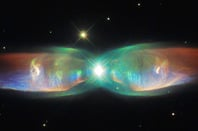 The Twin Jet Nebula. Pic: ESA/Hubble & NASA