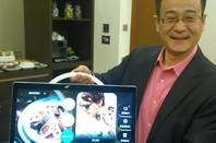 "TCL's Dr Stan Hu with his 17.3"" Android tab"