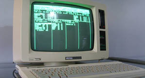 Amstrad PCW 8256 running locoscrip