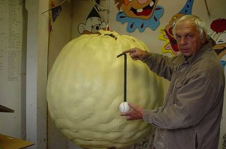 giant_paint_ball_648