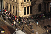 apple_iphone6s_queue_glasgow_v3_648