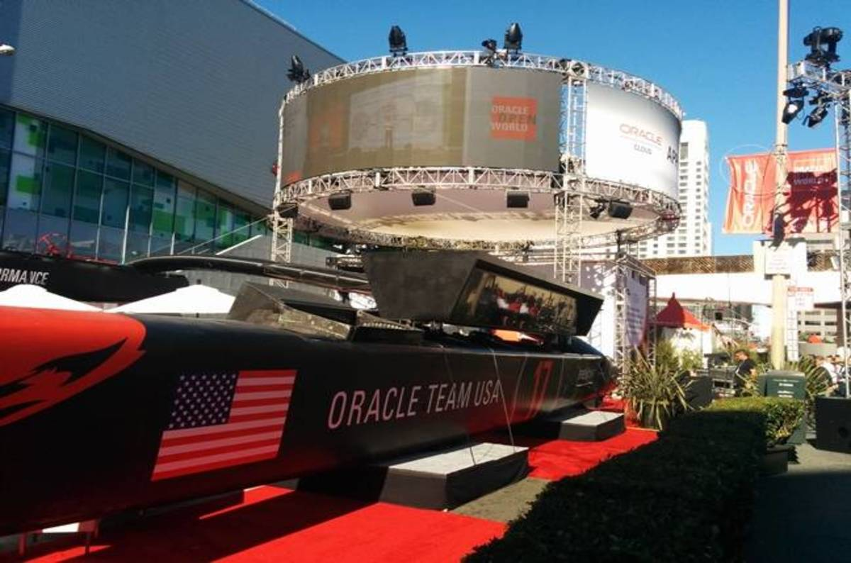 Intel and Oracle push into big data, label IBM and SAP cloud clowns