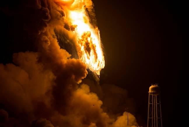 Antares rocket falling