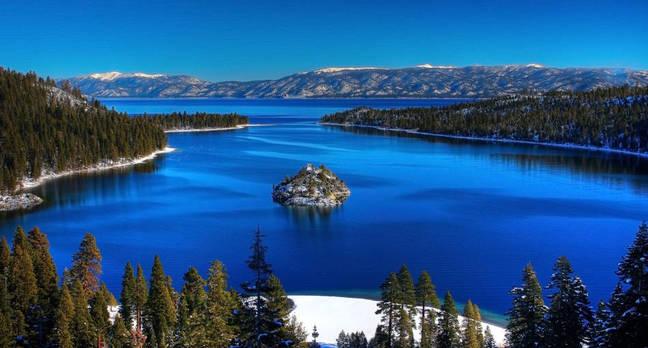 Lake_Tahoe_Emerald_Bay