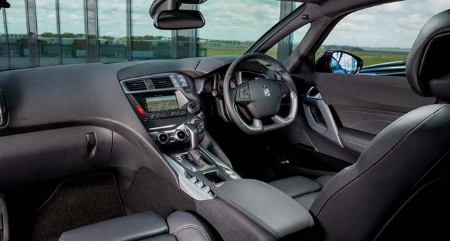 Citroen DS5: The cabin's very stylish and well screwed together if a little snug