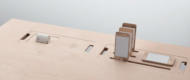The plywood mock-up of the smart desk