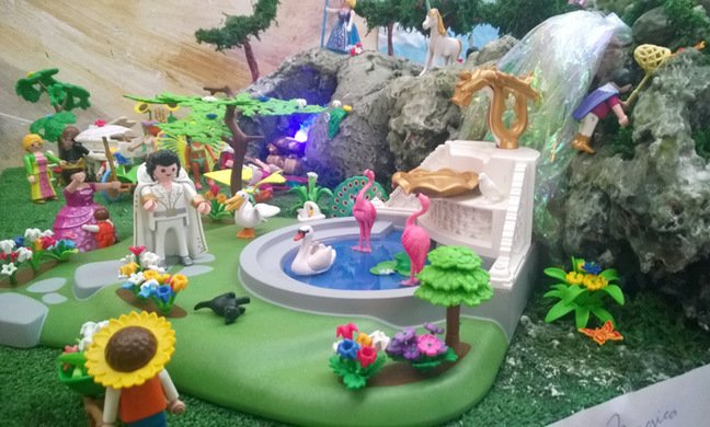 Elvis appears at Tivessa's Playmobil expo