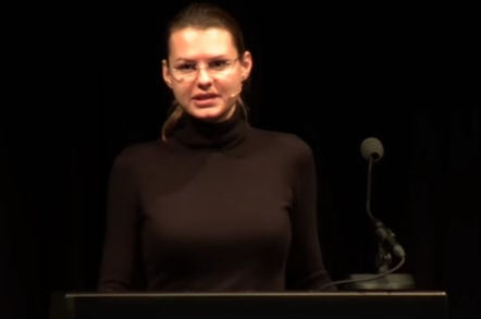 "Joanna Rutkowska of Invisible Things Labs gives talk ""Towards (reasonably) trustworthy x86 laptops"" at ccc - still from youtube"