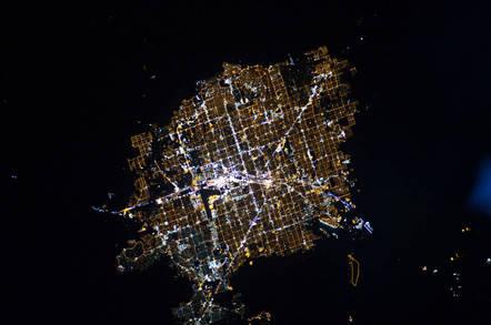 Las_Vegas_at_night