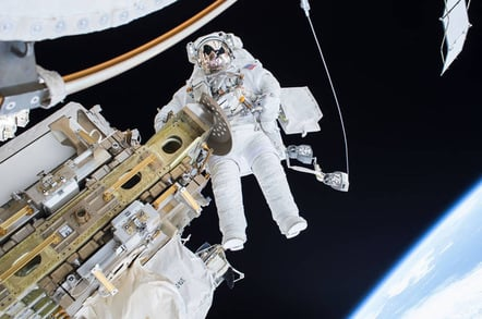 iss spacewalk tim kopra
