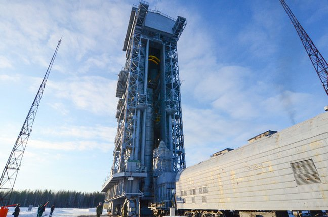 Sentinel 3A in the upper stage arrives at the launch pad. Pic: ESA / Stephane Corvaja