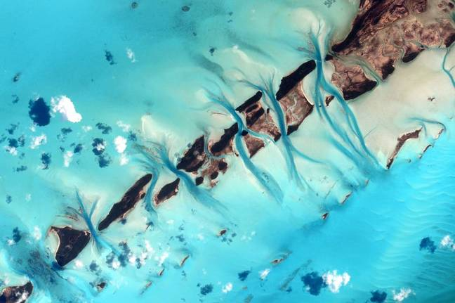 Kelly's image of the ocean off the Bahamas