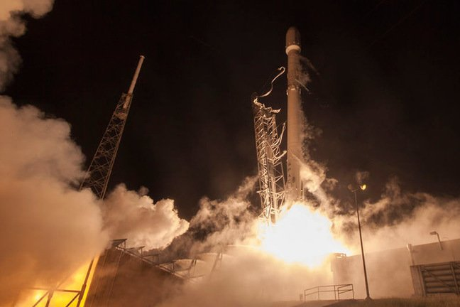 Falcon 9 lifts the ORBCOMM satellites. Pic: SpaceX