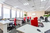 Empty office space, image vIa Shutterstock