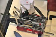 Swiss_Army_Knife