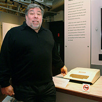 Steve Woz with Apple II, photo by Gavin Clarke
